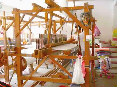 Crucecita, Oaxaca, Mexico May 2013  Weaver in action.